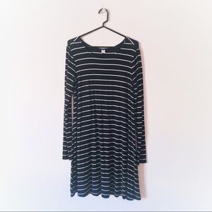 Old Navy Black & White Long Sleeve T Shirt Dress S